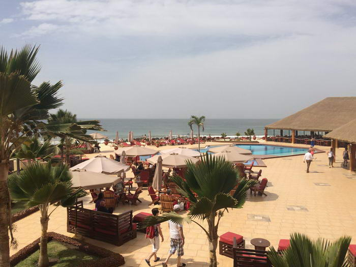 Vue d'ensemble de la piscine principale du Club Jet Tours Royal Baobab 4*