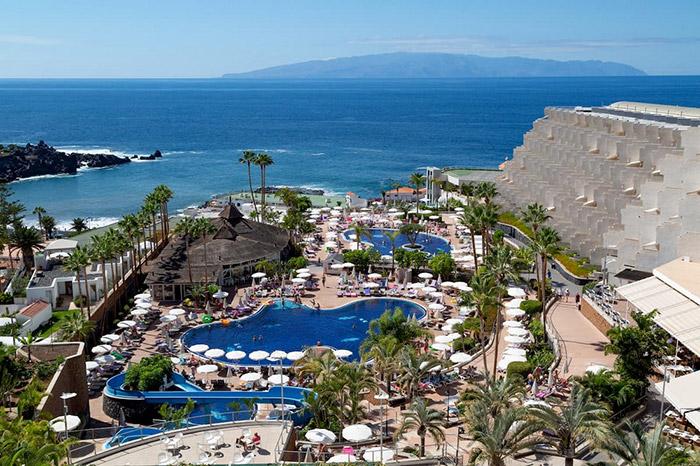 Cliquez sur la photo pour accéder à la fiche technique du Club Coralia Landmar Playa La Arena