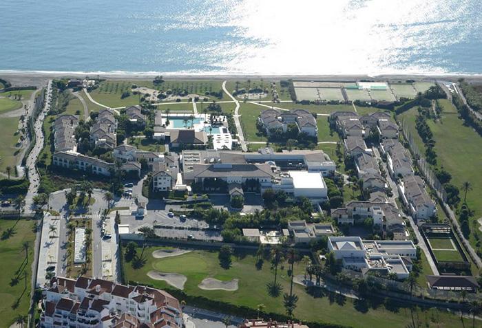 Cliquez sur la photo pour accéder à la fiche technique du Club Eldorador Impressive Playa Granada